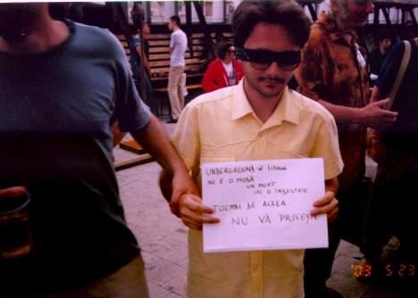 protest underground un cristian, 2003