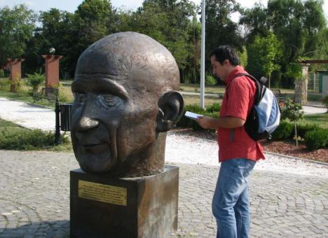 2. lecturi in public